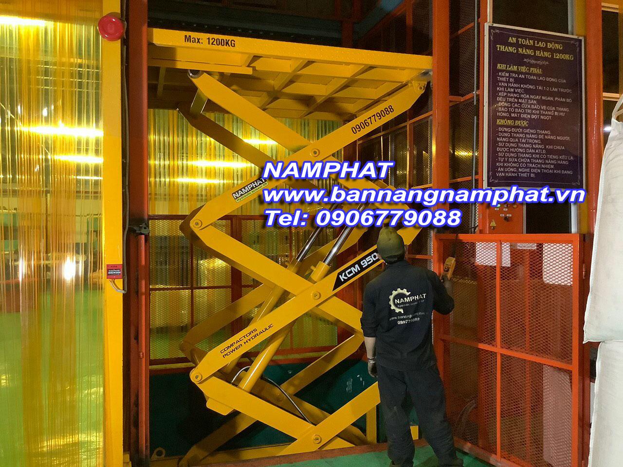 Thang máy thuỷ lực 1200 KG lắp tại KCN Sóng Thần
